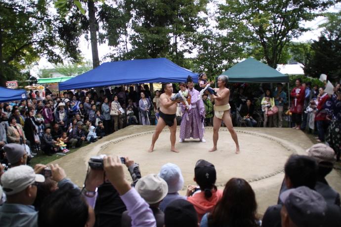 西野神社 泣き相撲