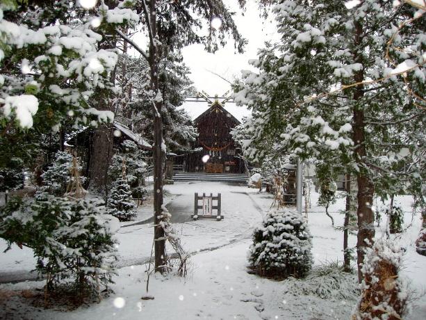 西野神社の雪景色